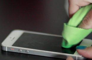 Bagian Yang Rawan Kotor di Smartphone dan Cara Membersihkannya