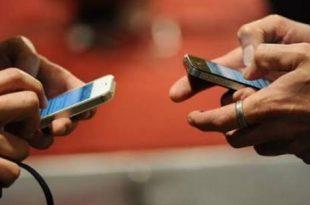 Smartphone Thumb, Efek Dari Kebanyakan Chatting di Smartphone