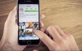 Foto dan Video Lama Di Instagram Akan Bisa Didownload Pengguna