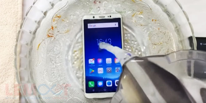apakah vivo v7 tahan air, vivo v7, vivo v7 water test, vivo v7 tahan air, test vivo v7