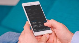 Cara Mudah Install TouchBar Seperti di MacBook Pro pada Smartphone Android