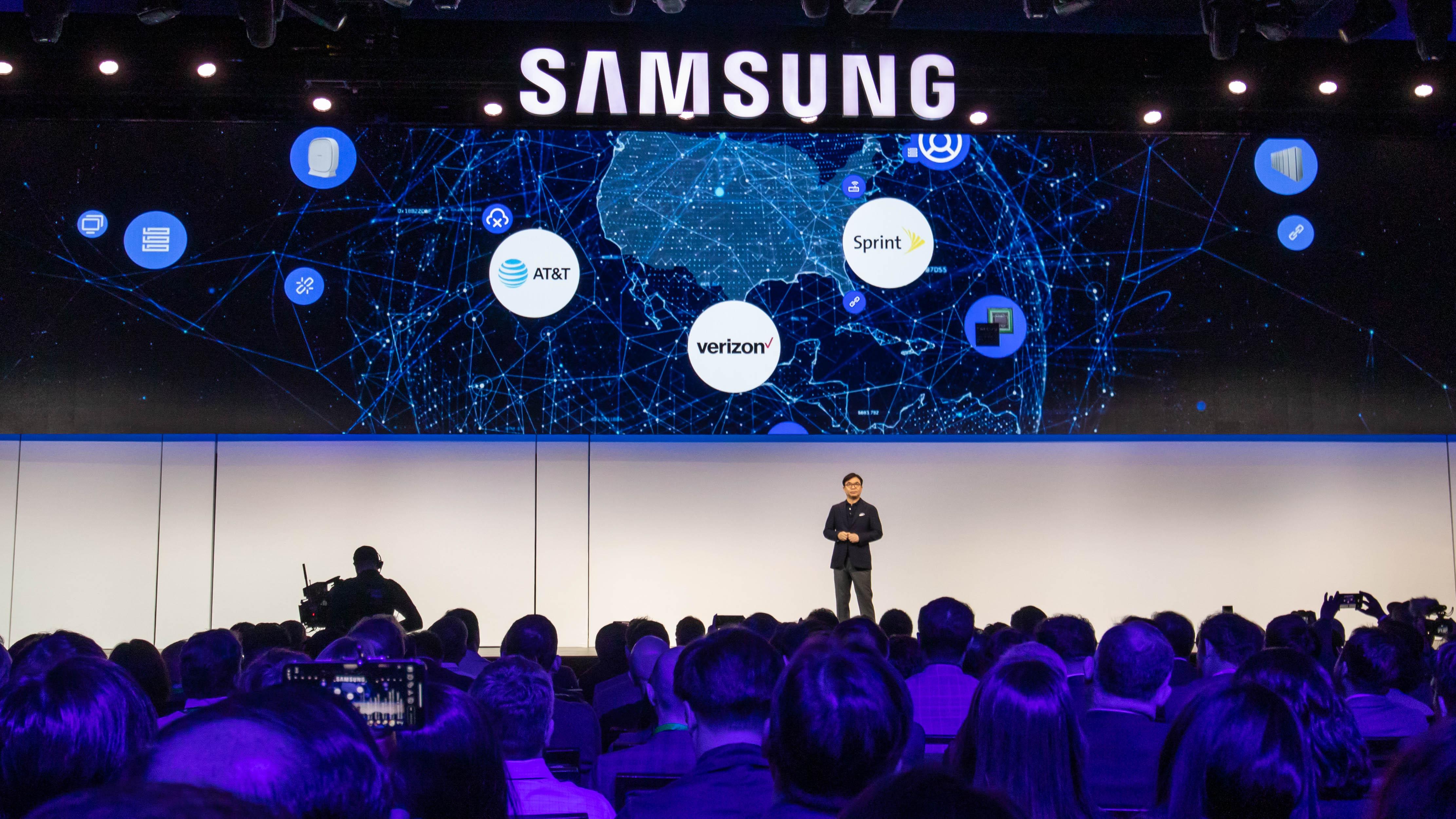Samsung Galaxy S10 5G Diluncurkan Pada Musim Panas 2019,spesifikasi Samsung Galaxy S10 5G,kelebihan Samsung Galaxy S10 5G,kekurangan Samsung Galaxy S10 5G,kelebihan dan kekurangan Samsung Galaxy S10 5G,Samsung Galaxy S10 5G,harga Samsung Galaxy S10 5G, smartphone 5G terbaru,smartphone 5G samsung